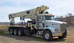 Boom cranes from RST Cranes Inc.